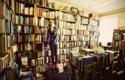 'Christians, buy in bookshops!'