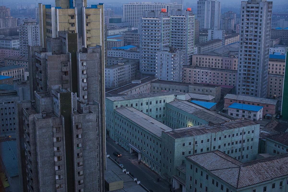 56cd8e823f601_©DavidGuttenfelder-NorthKoreaLifeintheCultofKim-01FBInsta.jpg