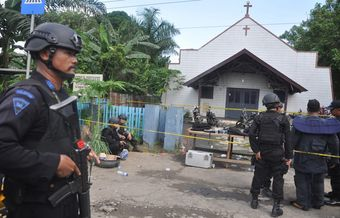 Toddler dies after church attack in Indonesia