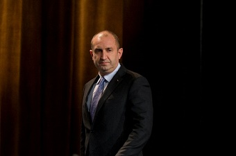 Bulgaria's new President seeks better relationships with Europe and Russia