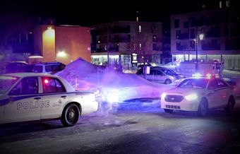 Mosque shooting in Quebec leaves 6 dead