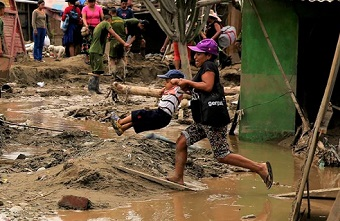 Peru: 100,000 affected and new floods expected