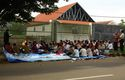 Muslim extremists increase pressure on Indonesian Christians