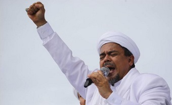 Islamist cleric who led 'blasphemy' campaign against Jakarta's Christian governor is accused in pornography case