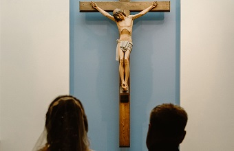 Why are younger evangelicals fascinated by Roman Catholicism?