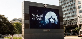 """Buenos Aires filled with """"Christmas is Jesus"""" posters"""