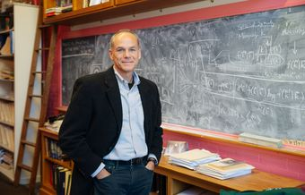 "Templeton Prize winner Marcelo Gleiser: ""Science does not kill God"""
