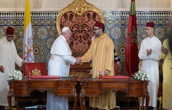 Francis praises the religious coexistence in Morocco despite calls for more religious freedom