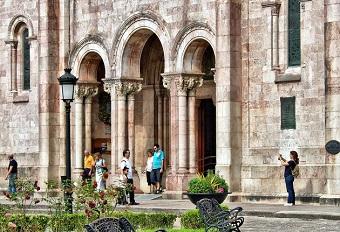 80% of wedding ceremonies in Spain are not religious