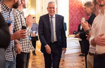 "Van der Bellen: ""The message of the New Testament is very important"""