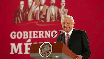 Mexican evangelicals do not agree about  President's  'Moral Booklet'