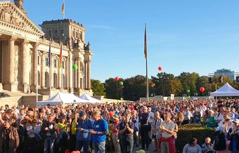 More than 8,000 march for life in Berlin