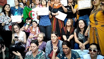 Algeria: Human Rights Watch denounces crackdown on Christians, French evangelicals organise protests