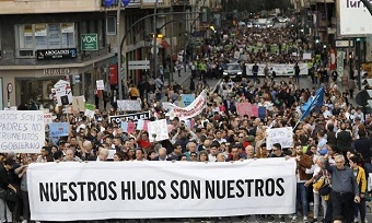"""Thousands in Murcia: """"Our children belong to us"""""""