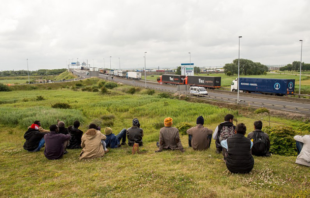 eurotunnel, july, migrants