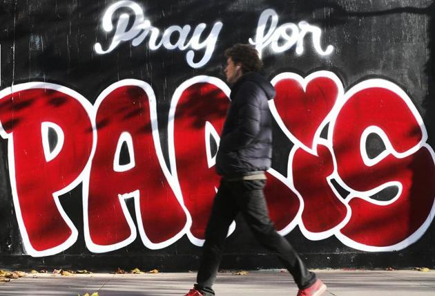 pray for paris, graffiti, wall