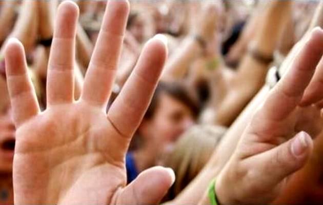 alabanza pentecostal, manos