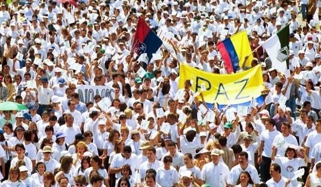 Paz para Colombia y América Latina.
