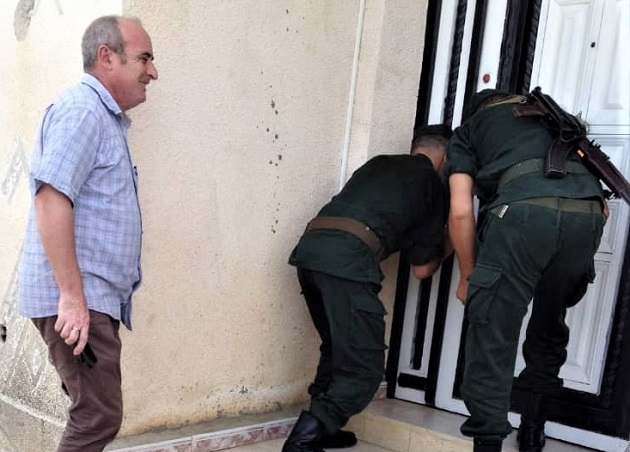As church worships, police in Algeria arrive to seal building